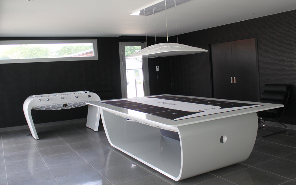 the blacklight design table billard toulet. Black Bedroom Furniture Sets. Home Design Ideas